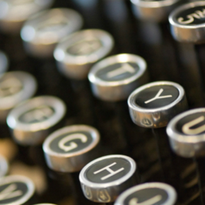 typewriter-keys-square